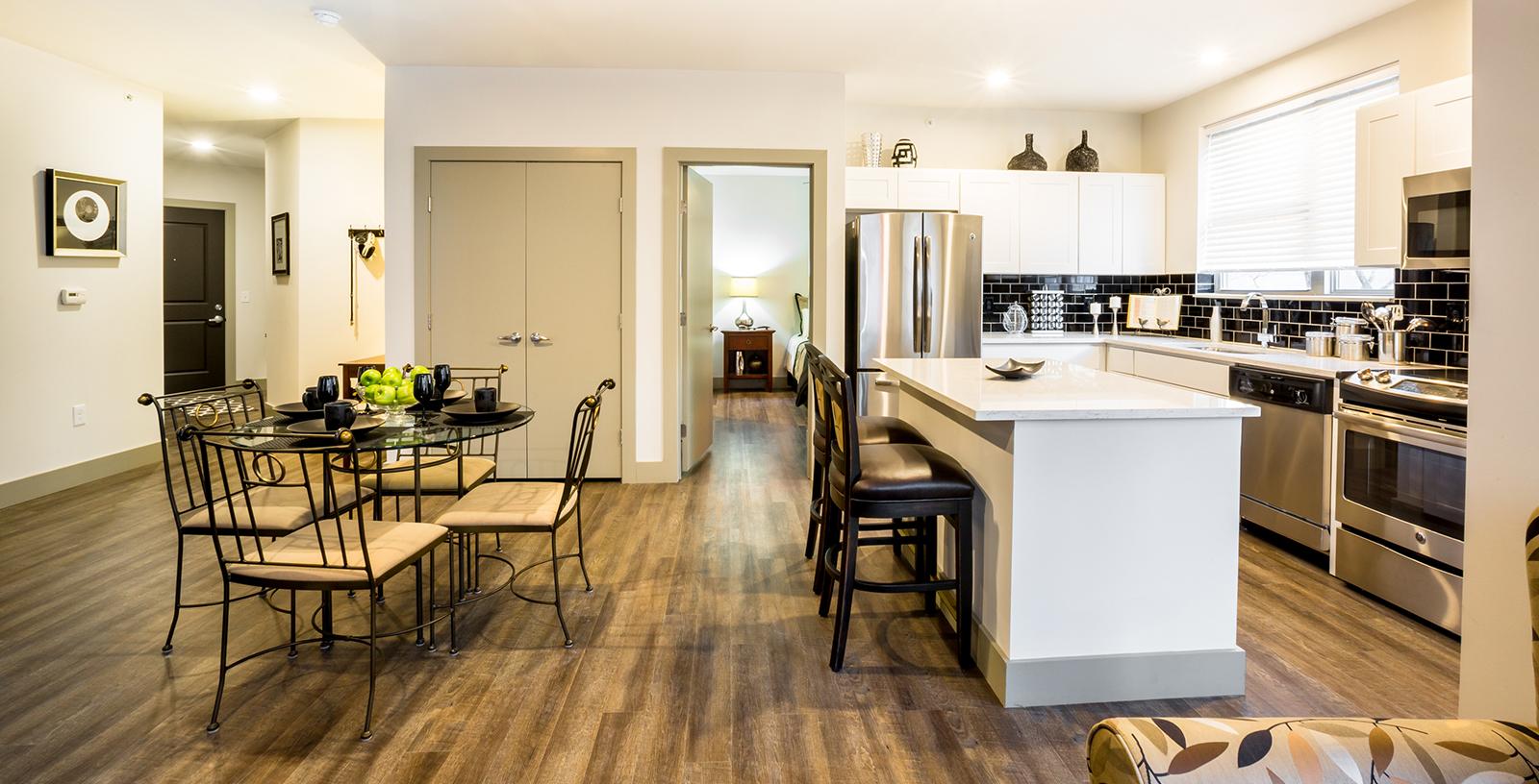 Luxury Apartments In Cincinnati | The Whitfield